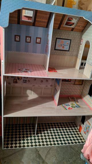 Casa de muñecas Imaginarium completa