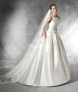 Vestido de novia Barcaza (PRONOVIAS)