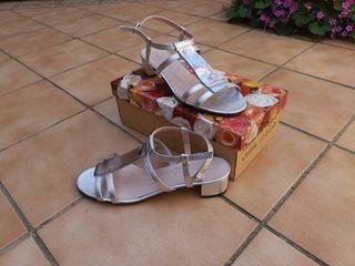 zapatos sandalia plata