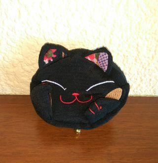 Monedero gatito