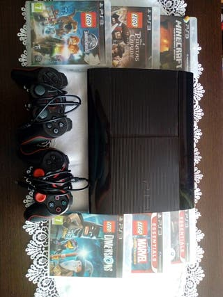 ps3 playstation 3 slim 500Gb + 2mandos+ 6 juegos