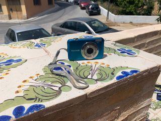 Cámara Fujifilm 12 megapixeles