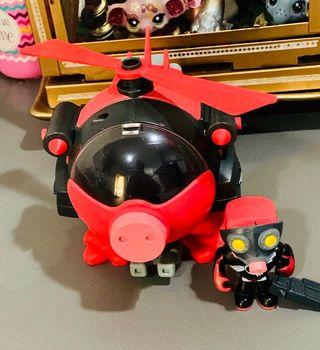 Helicóptero MUTAN BUSTER