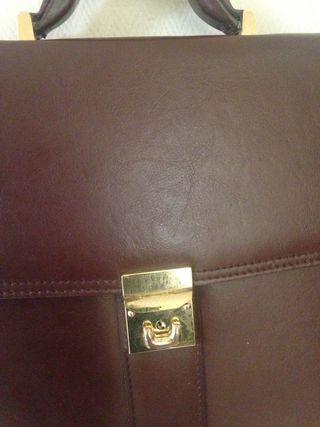 Cartable en vrai cuir
