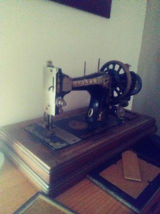 Máquina de coser anker