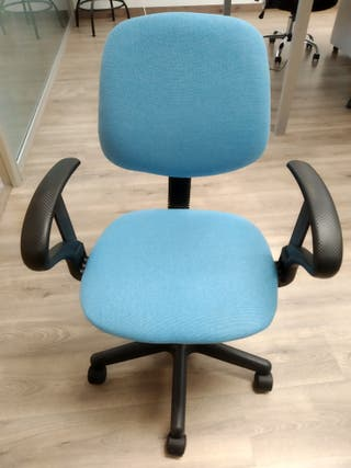 sillas azules escritorio u oficina