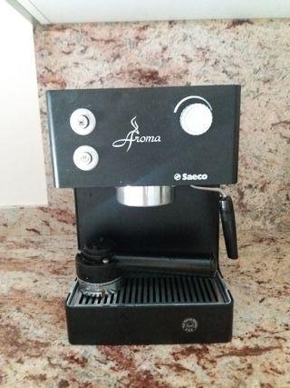 Cafetera de brazo Saeco Aroma