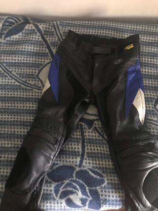 Pantalón de cuero moto