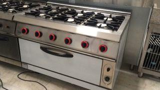 Cocina a gas con horno,