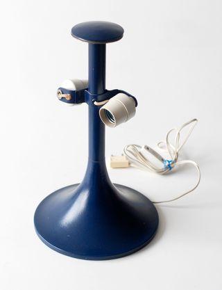 Lámpara vintage de hierro esmaltado color azul