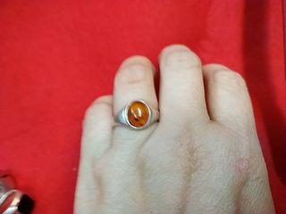 anillo de plata vintage y ambar