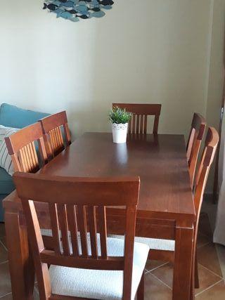 mesa y sillas de comedor. mueble salón