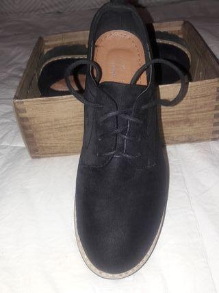 zapato suela ancha