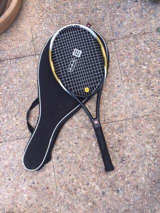 Raqueta de tenis con funda incluida