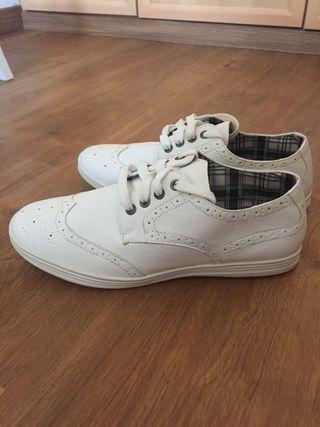 Zapatos clásicos NUEVOS