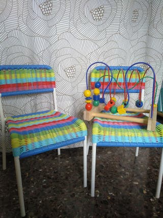 Sillas peques Ikea y juguete