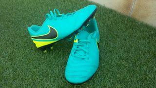 Nike Tiempo 37,5 Botas Futbol Tacos, bambas.