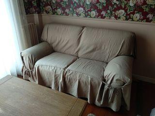 Sofá con funda