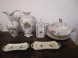 juego de porcelana con los filos de plata