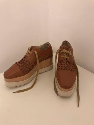 Zapatos de plataforma marrón
