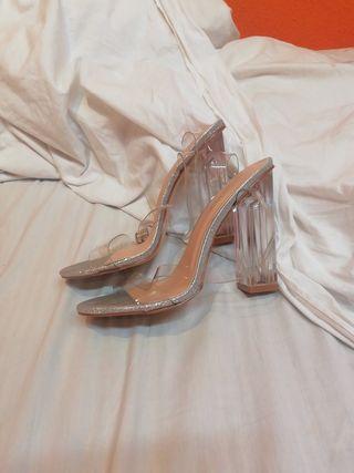 zapatos tacón transparentes