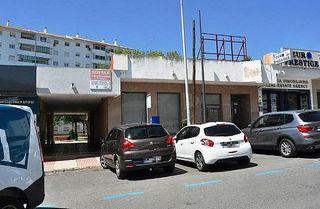 Local comercial en venta en San Pedro de Alcántara pueblo en Marbella