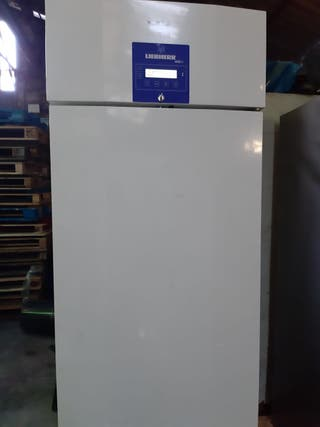 Congelador liebherr laboratorio