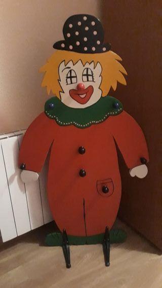 perchero de clown para la habitación infantil