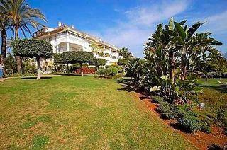 Piso en venta en Nueva Andalucía centro en Marbella