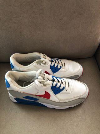 Zapatillas Nike, modelo Air Max, número 45