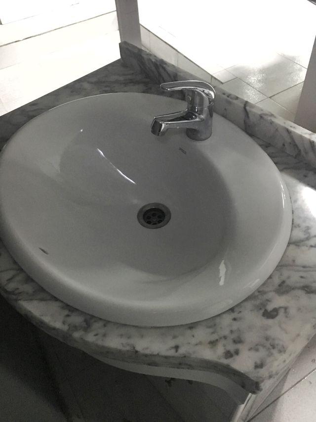Mueble de baño de 70 cm