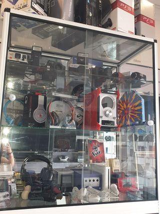 Consolas retro, cámaras, juegos...