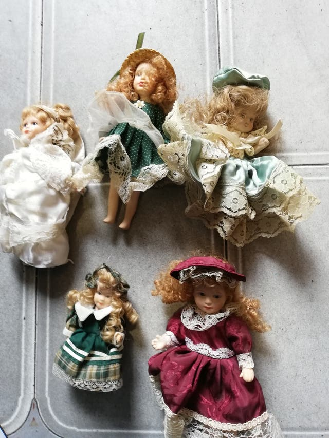 5 antiguas muñecas articuladas de porcelana