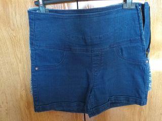 414abf25a4 Pantalones altos de segunda mano en la provincia de Madrid en WALLAPOP