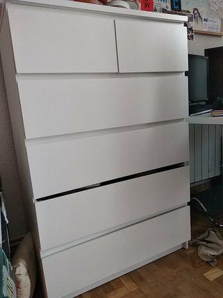 """Cómoda de Ikea """"Malm"""""""