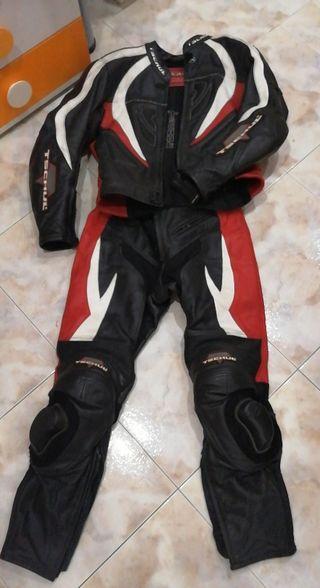 traje de moto piel