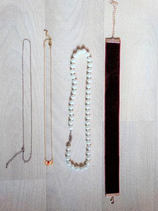 Lot de colliers
