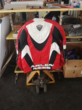 chaqueta de moto cuero talla 54