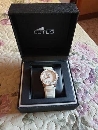 Reloj Lotus blanco mujer
