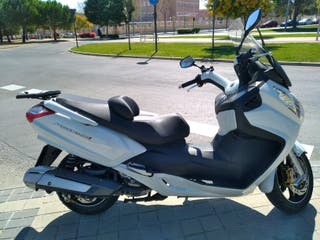 Scooter SYM MAXSYM 600 ABS