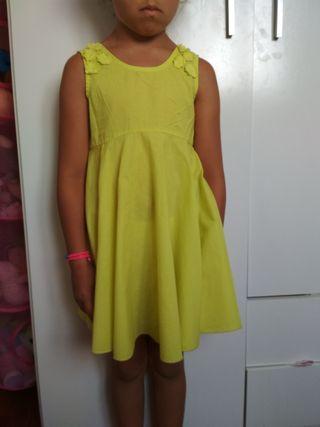 vestido niña 5-6 Benetton