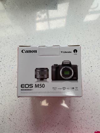 Canon EOS M50 Camera - Mint Condition