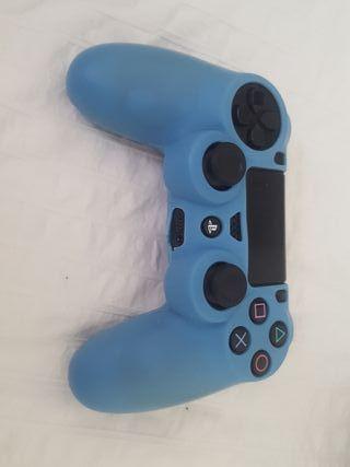 PS4 500GB 1 control y 7 juegos ( 3 digitales )