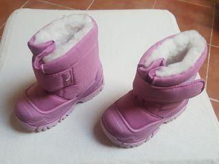 bota nieve niña