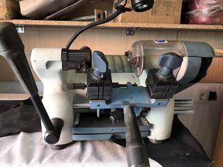 Maquina duplicadora de llaves JMA