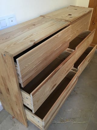 Cómodas de madera natural IKEA