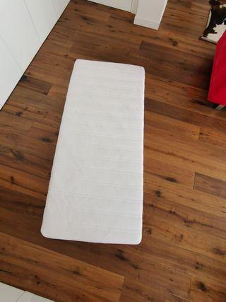 Colchón de espuma MALVIK