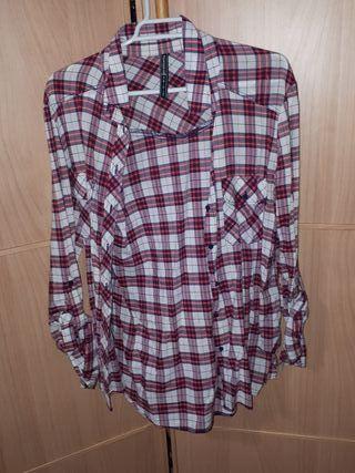 Camisas de cuadros de segunda mano en Vilanova i la Geltrú