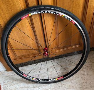 ruedas stans notubes axevo campagnolo 1.290kg