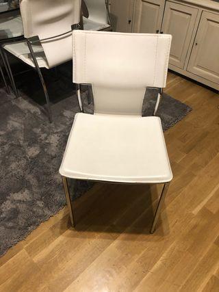 Vendo y sillas de comedor